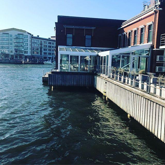 Vår i luften idag #eriksberg #vår #riverrestaurant #drickabubbel