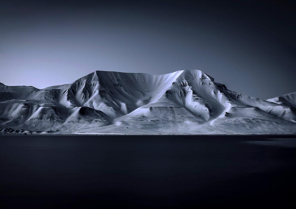 A moment with light_Spitzbergen Kopie.jpg