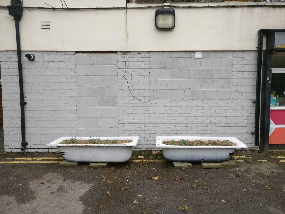 Bath planters