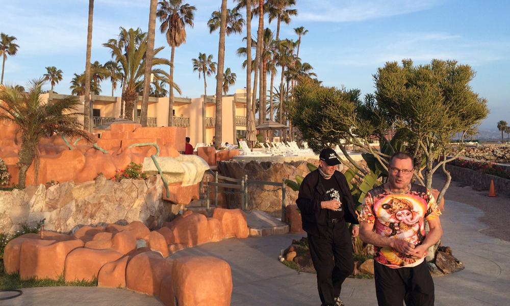 Estero Beach Hotel... Kimmo ja Hannu matkalla kypärätequilalle!?