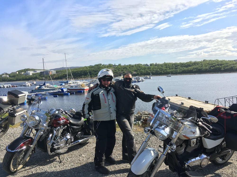 Topi ja Karita Kirkenesin satamassa...