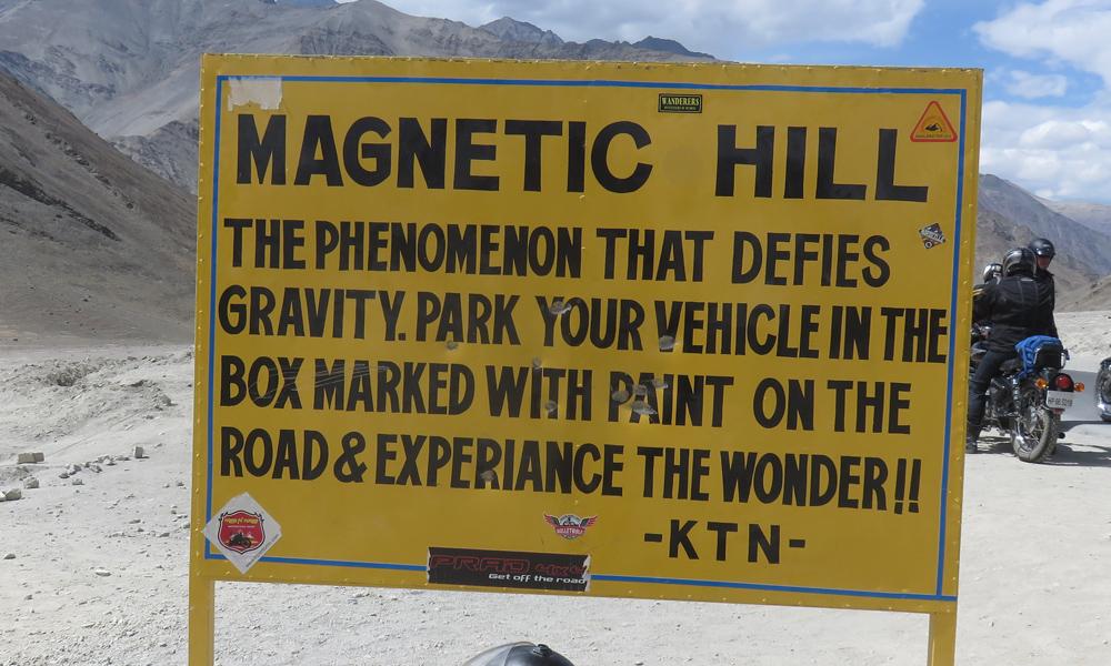 Lehin pohjoispuolelta löytyy se kuuluisa Magnetic Hill!