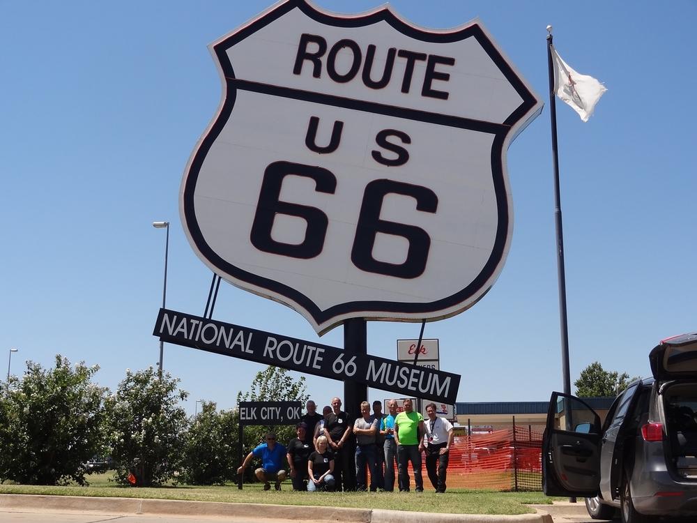 Elk Cityn Route 66 -museo. Siellä oli paljon erilaisia amerikkalaisten sinänsä lyhyeen historiaan liittyviä teemoja. Siis muutakin kuin pelkkää Route 66-tavaraa. Ihan käymisen arvoinen paikka!