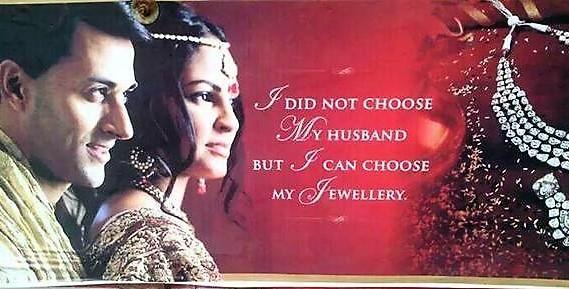 """Tievarsimainos - """"En saanut valita aviomiestäni, mutta voin valita koruni"""""""