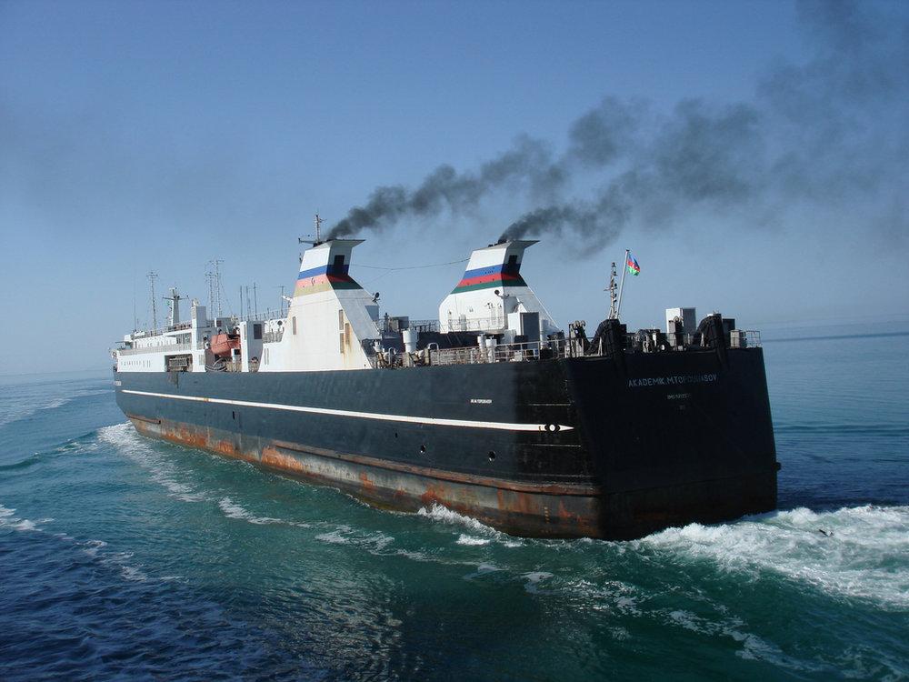 Rahtilaiva Kaspian merellä...