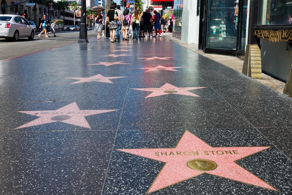 Hollywood Walk of Fame on Hollywoodissa, Los Angelesissa sijaitseva kävelykatu, joka kulkee pitkin Hollywood Boulevardia ja Vine Streetiä. Kadulla on yli 2 500 viisisakaraista tähteä, joista jokainen on omistettu jollekin julkisuuden henkilölle hänen työstään viihdeteollisuuden hyväksi. Palkitut saavat nimensä tähteen saavutuksista elokuva-, teatteri-, radio-, televisio- tai musiikkialalla. Joillain palkituilla on monia tähtiä saavutuksista useilla mainituista aloista. Ainoa jokaisella viidellä alalla palkittu on Gene Autry.