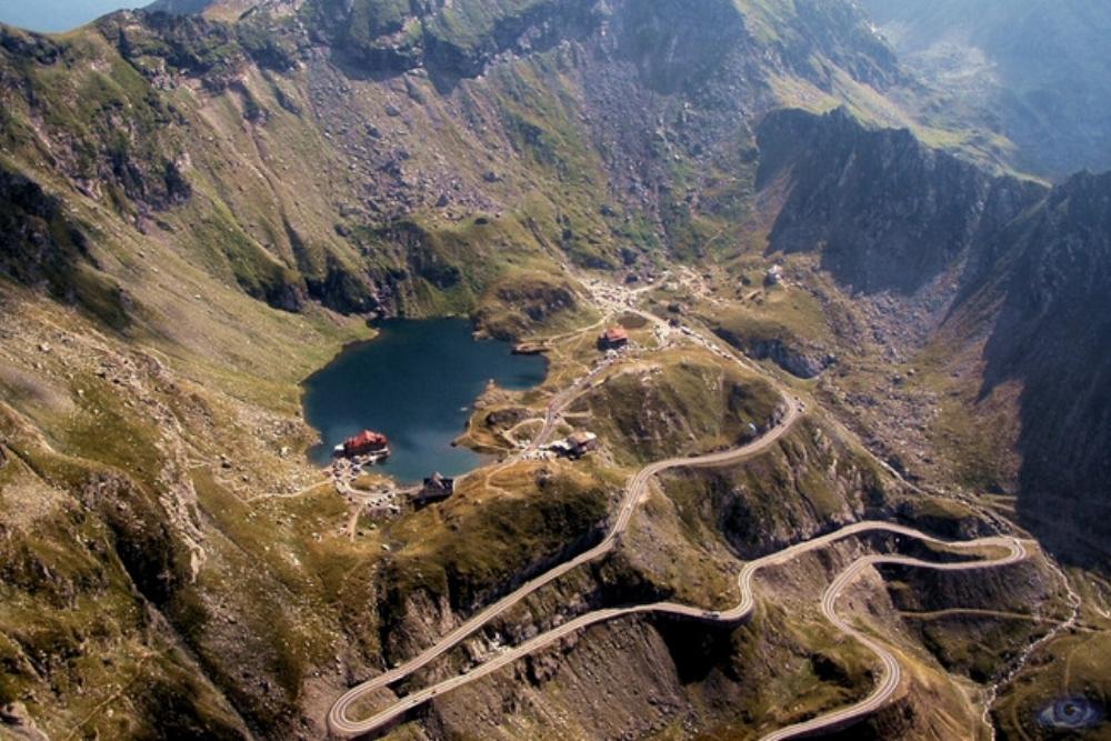 Transfagarasanin korkein kohta - Balea järvi (2034m)