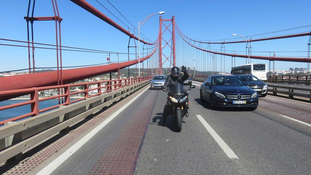 Lissabonin Golden Gate ja Herra Nils Rinne