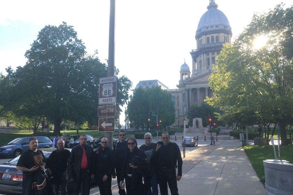 Springfieldin keskustassa, Old Capitolin edessä!