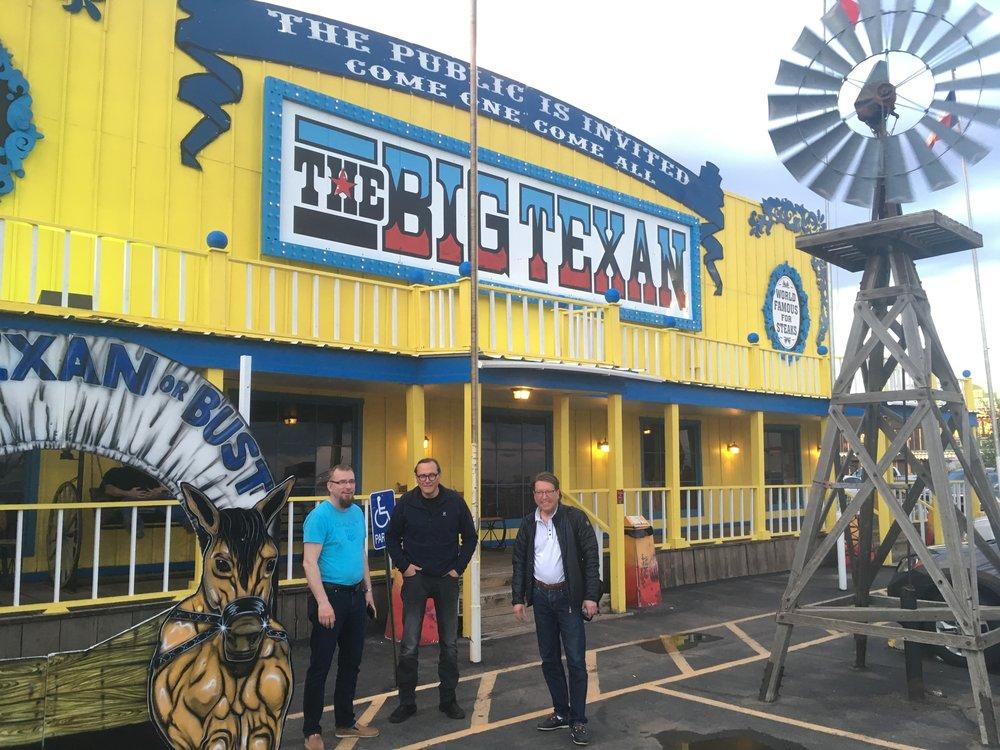 Jos käy Amarillossa, niin on pakko käydä myös Big Texan Steakhousessa!