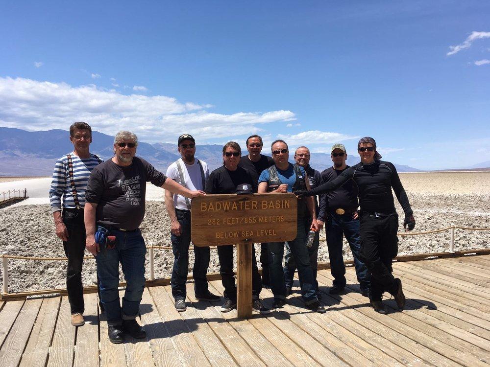 Badwater on Death Valleyn kansallispuistossa sijaitseva sisäinen valuma-alue. Alue on 85,5 metriä merenpinnan alapuolella ja se on Pohjois-Amerikan matalin kohta.