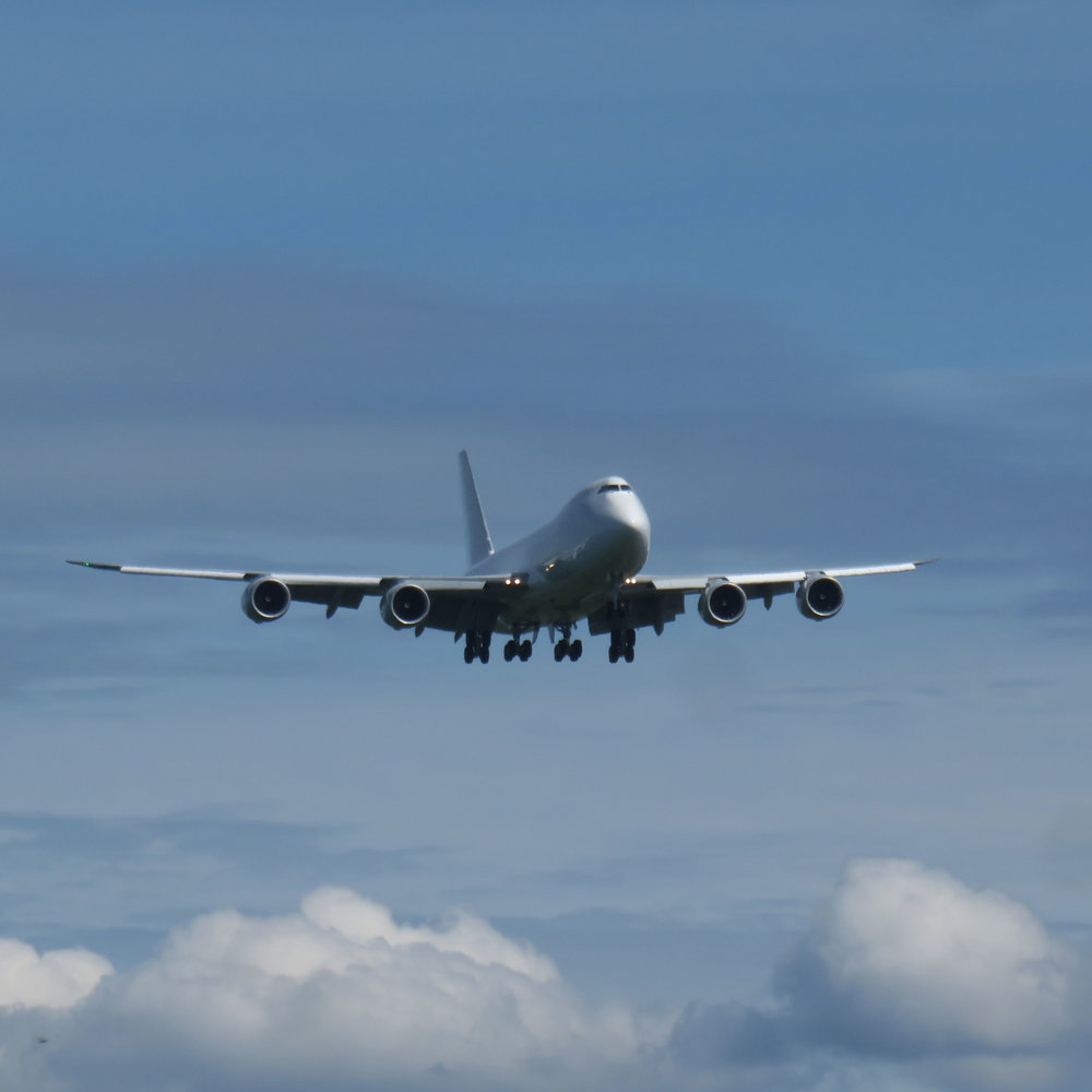 747 palaamassa...