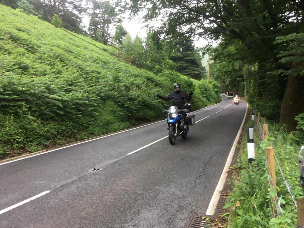 Milläköhän Tero ohjaa pyöränsä? :)