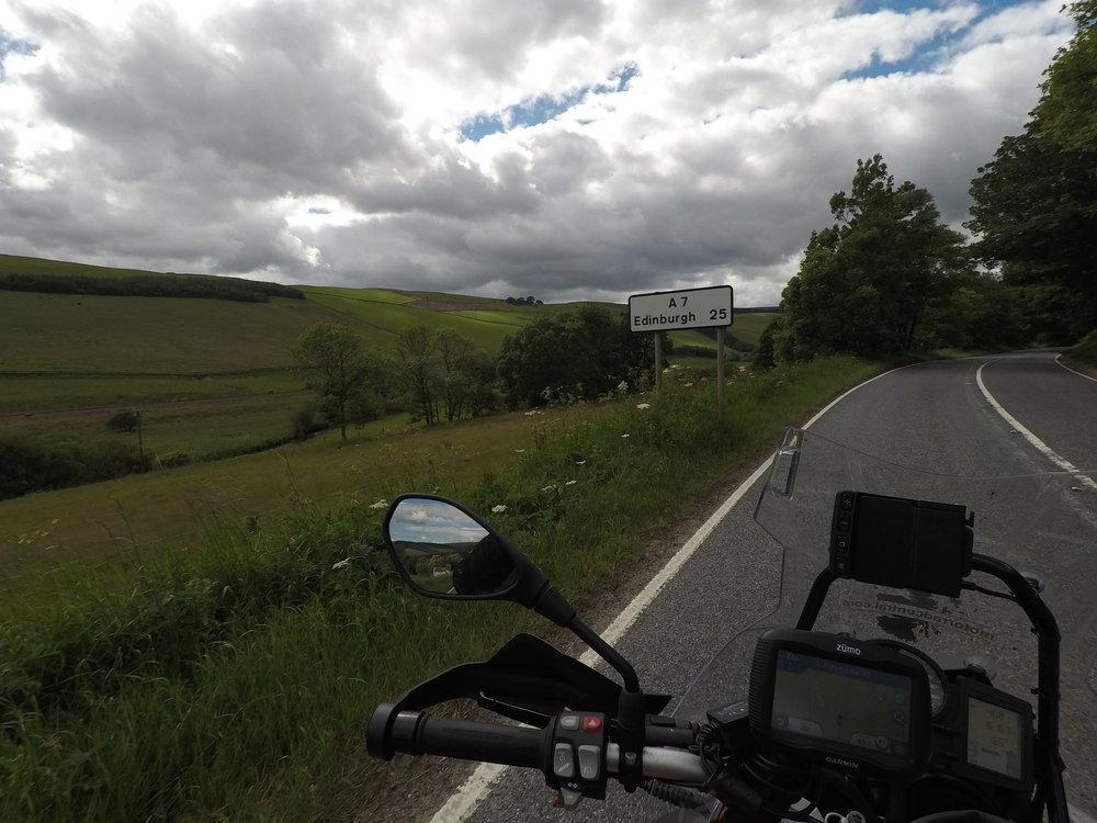 Tässä vaiheessa Edinburghiin enää 25 mailia ja tämän kertainen reissu lähenee loppua!