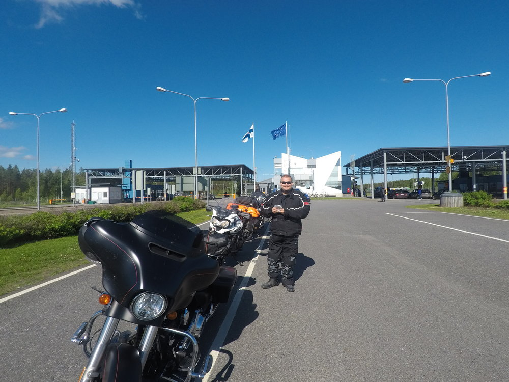 Suomen rajalla meni 5 minuuttia...