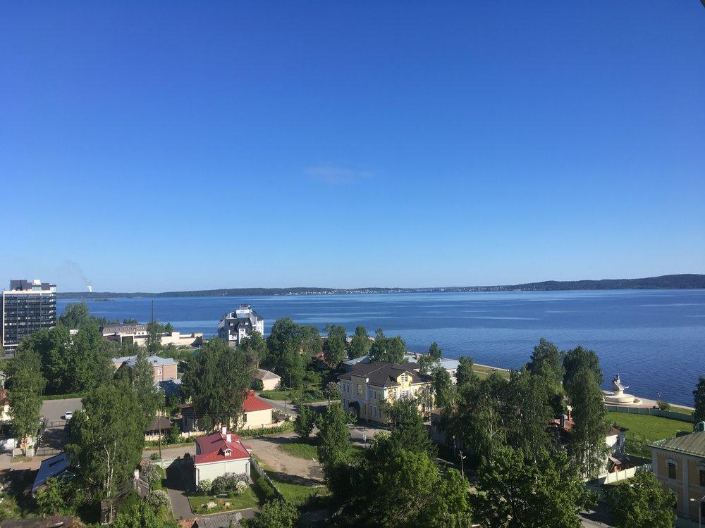 Äänisen maisemat Onega hotellin ikkunasta.