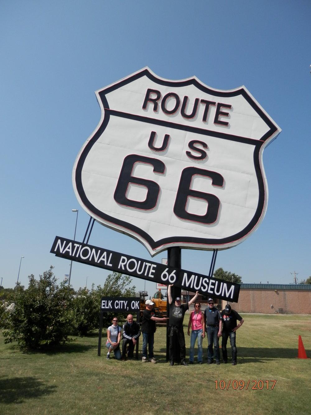 Maailman suurin Route 66 merkki löytyy Elk Citystä.