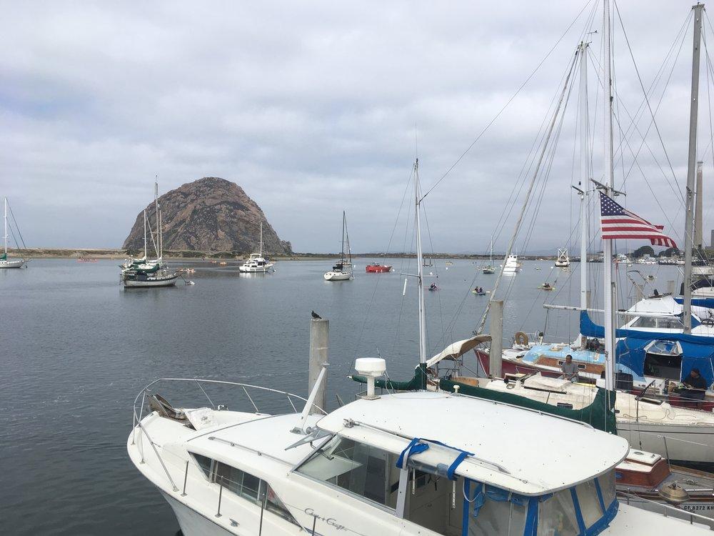 Morro Bayssa käytiin ihmettelemässä kaunista satamaa...
