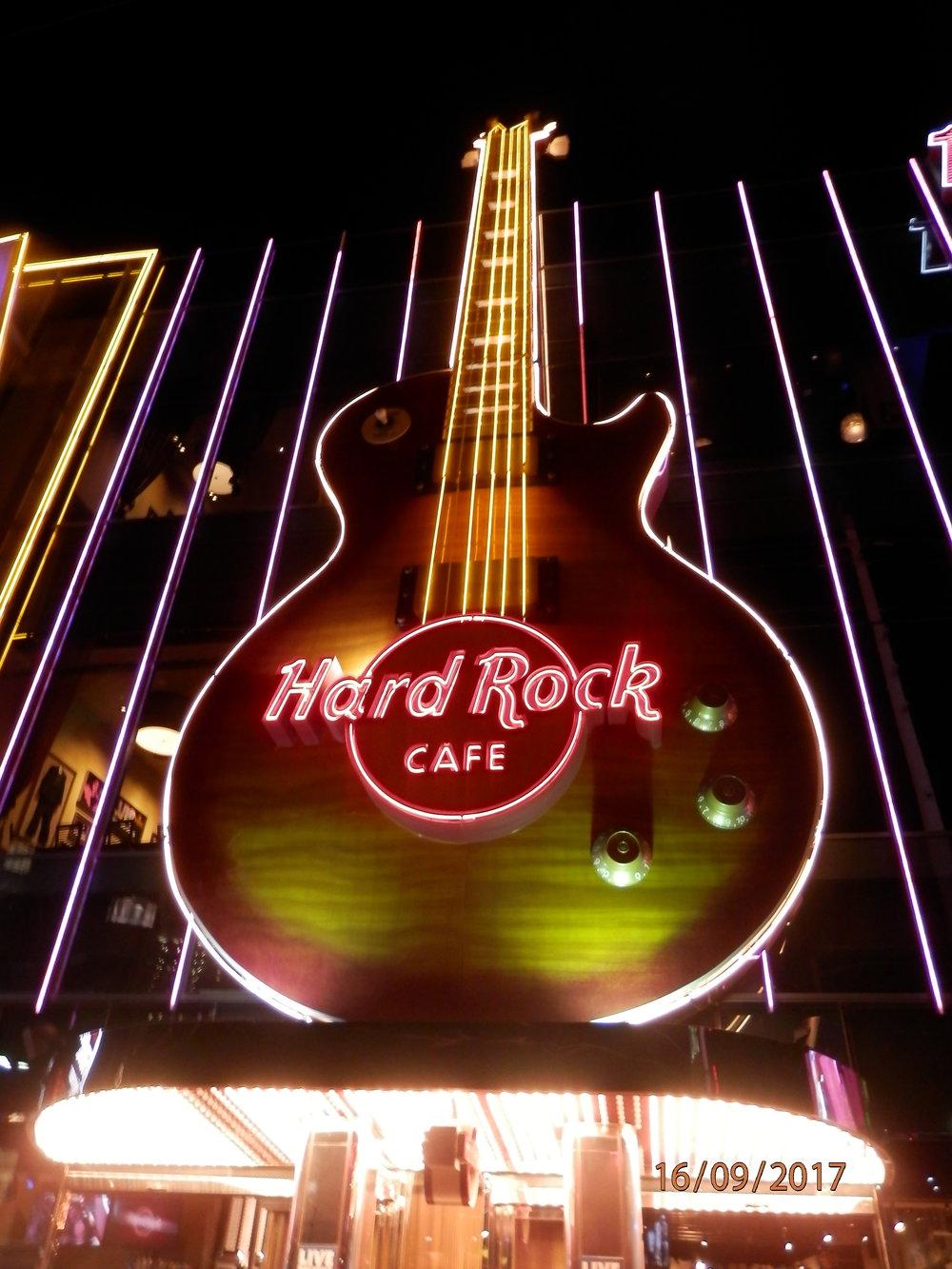 Hard Rock Cafe on loistava ruokapaikka.