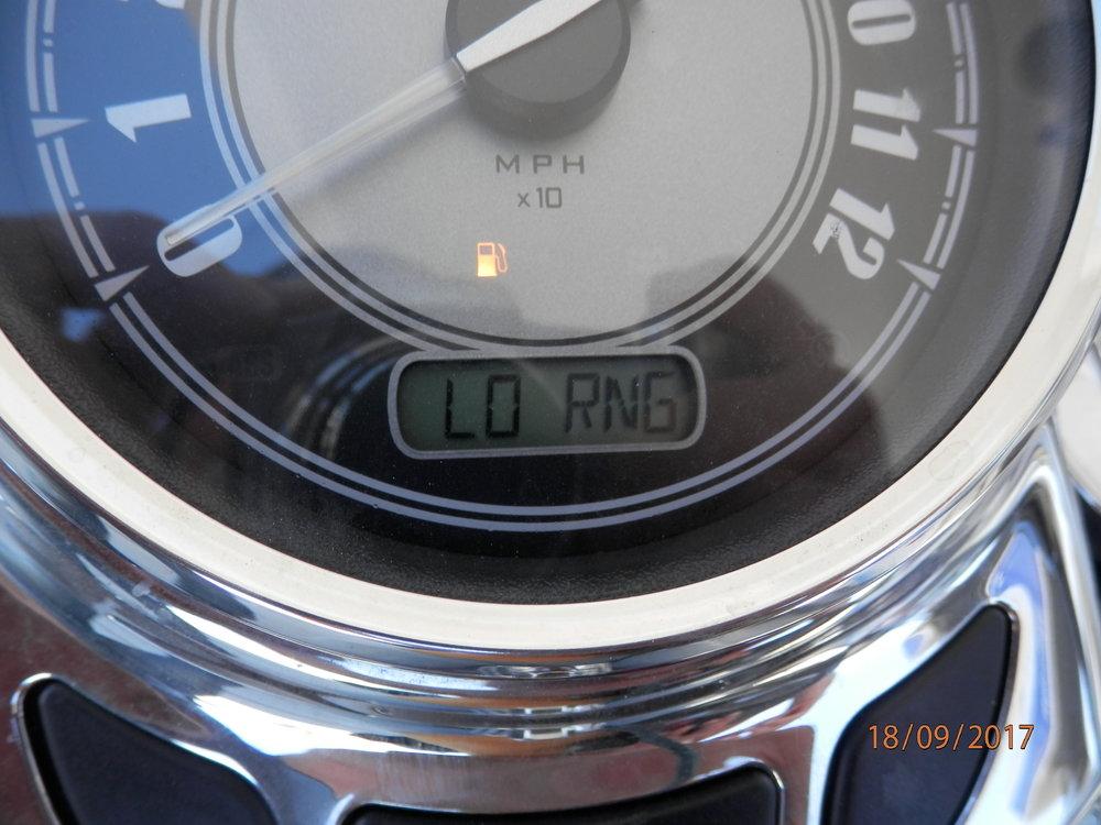 Onneksi ei loppunut Maaritin pyörästä bensa. Olisi tullut kuumat paikat.