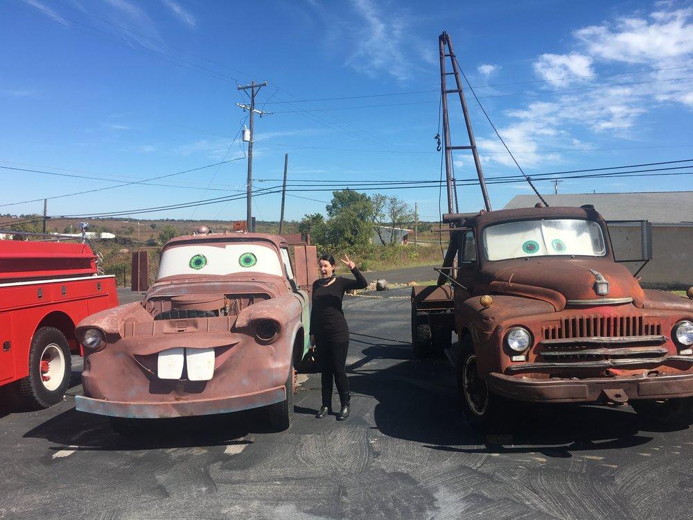 Jenna tykkää autoista ja autot Jennasta :)
