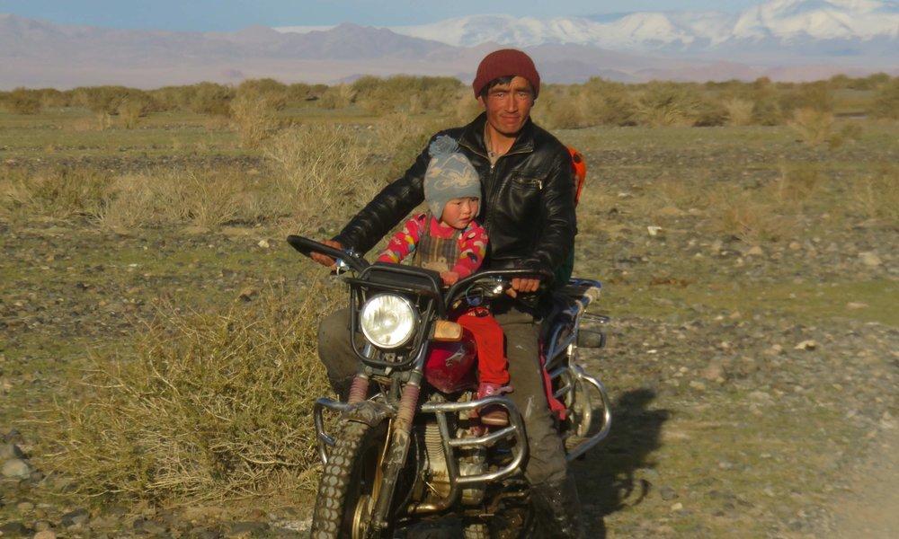 Mongolialainen off-road pyörä!