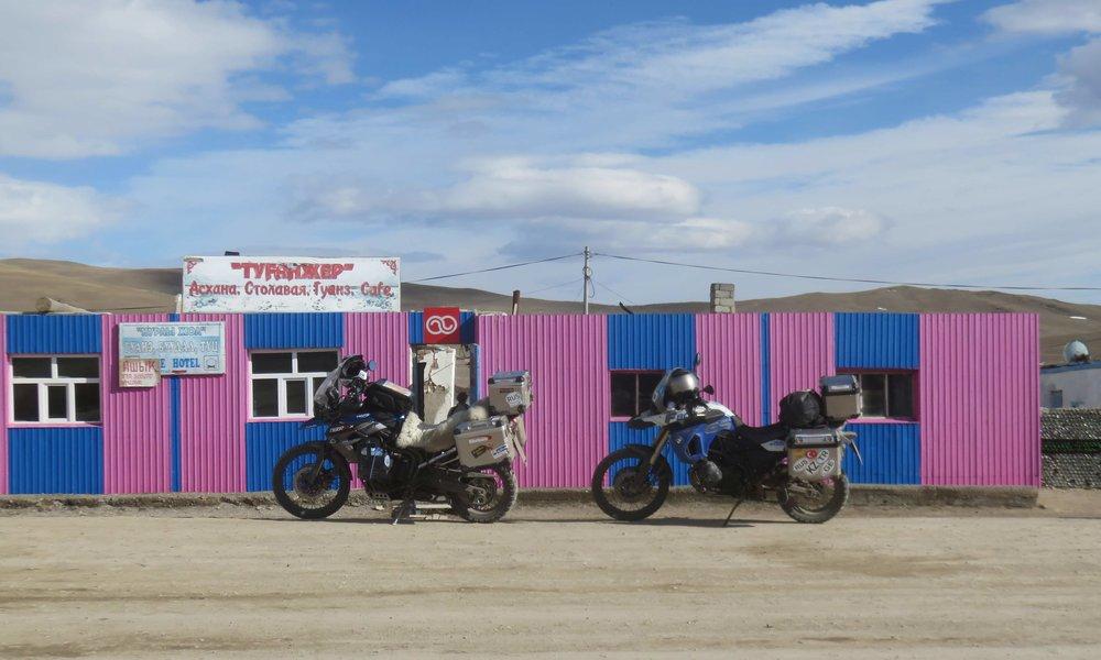 Ensimmäinen kahvila Mongoliassa...