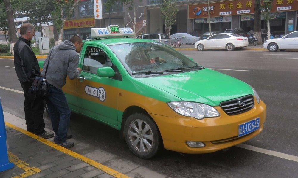 Taksilla...