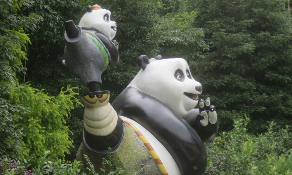 KunFu Panda löytyy täältä myös. Jos et ole nähnyt leffoja, niin erinoamista lentokoneviidettä. 1, 2 ja 3'ssa riittää vauhtia ja vaarallisia tilanteita!