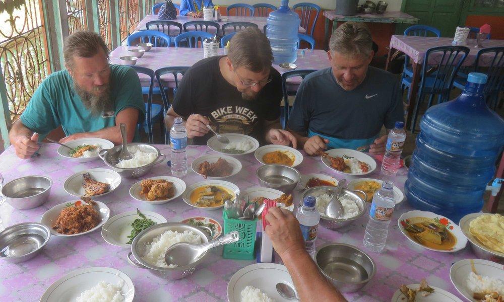 Indonesialainen lounas...
