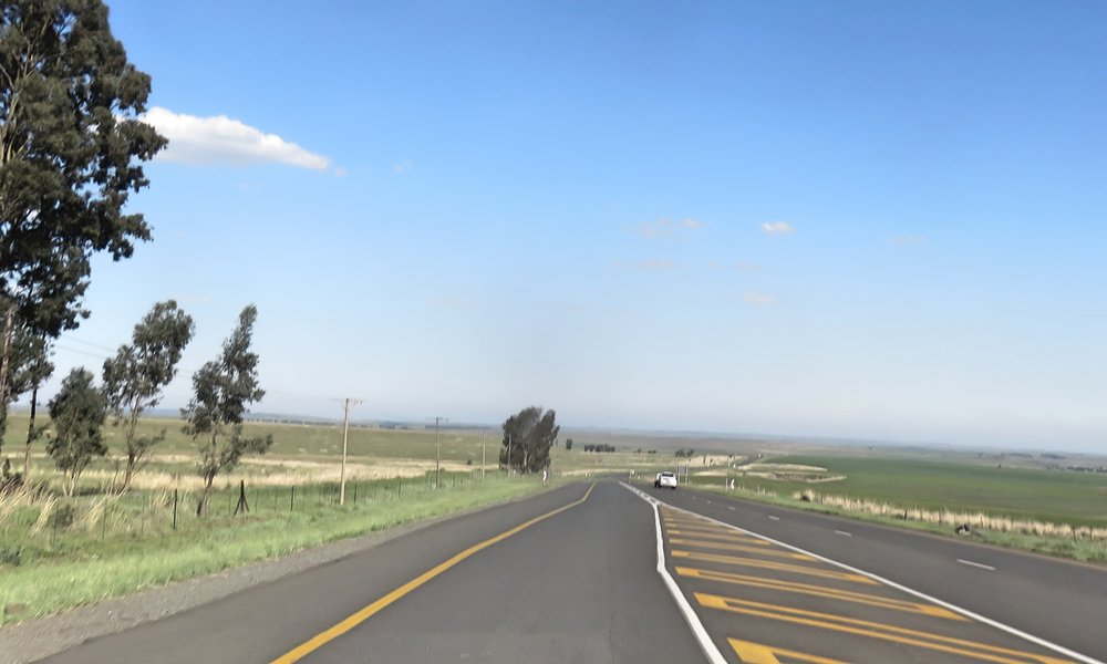 Johannesburgin ympäristö on texasia vaikka Etelä-Afrikka onkin hyvinkin monikorkeuksinen!