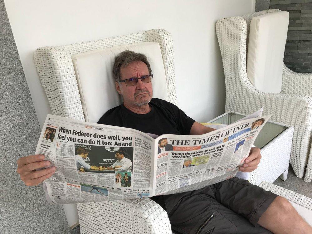 """Aaron aamu alkoi niin kuin kaikki muutkin aamut tähän mennessä """"Indian Timesiä"""" plärätessä. Monsuunikausi on nyt virallisesti ohi ja vaalit edelleenkin tulossa..."""