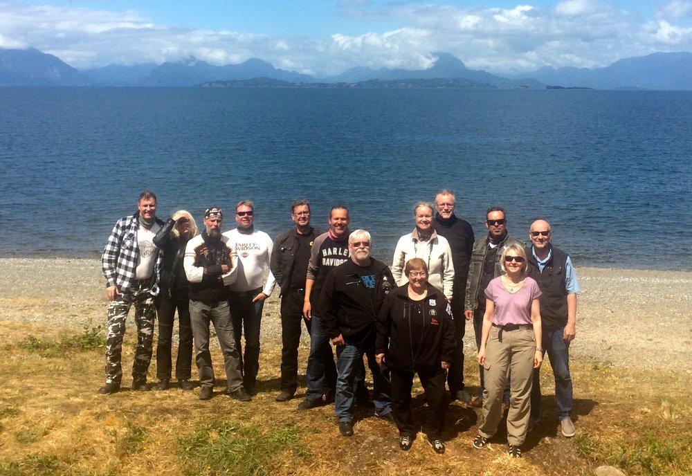 HD-Chile pioneeriryhmä koko komeudessaan: Jari, Kirsi, Simo, Make, Timo, Pekka, Kauko, Marjatta, Helena, Pekka, Eero, Gunta ja Ilpo.