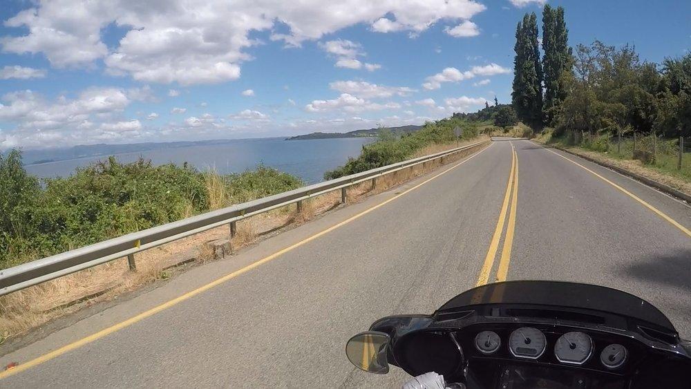 Lago Rancon rantateillä.