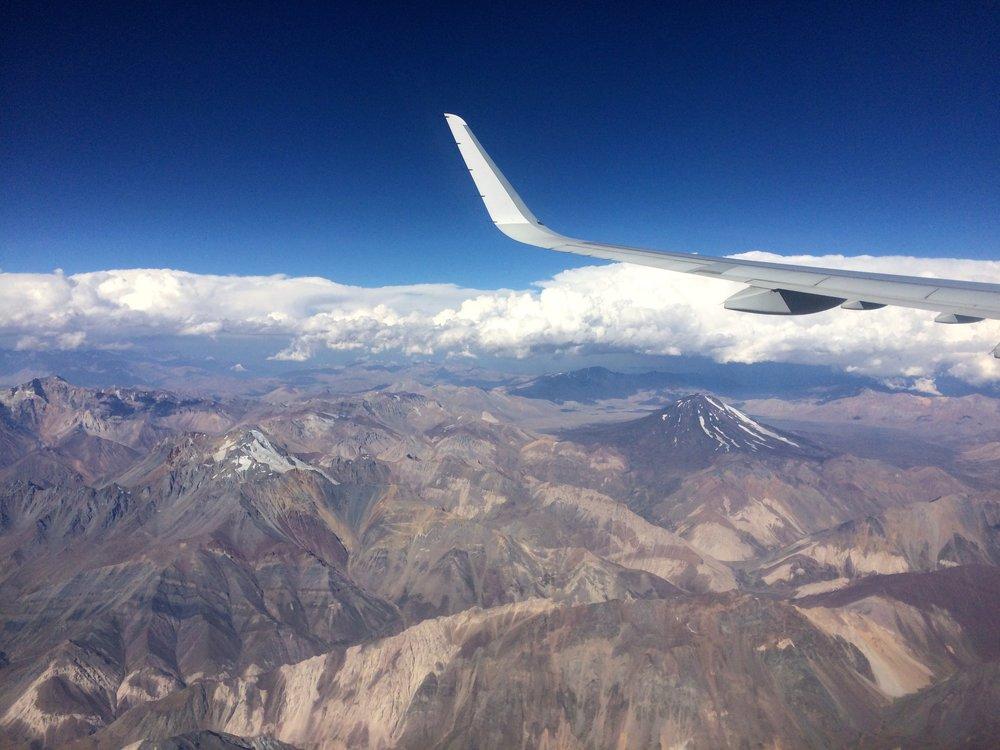 Vielä kerran Andejen yli. Pekka matkalla Santiagosta Buenos Airesiin.