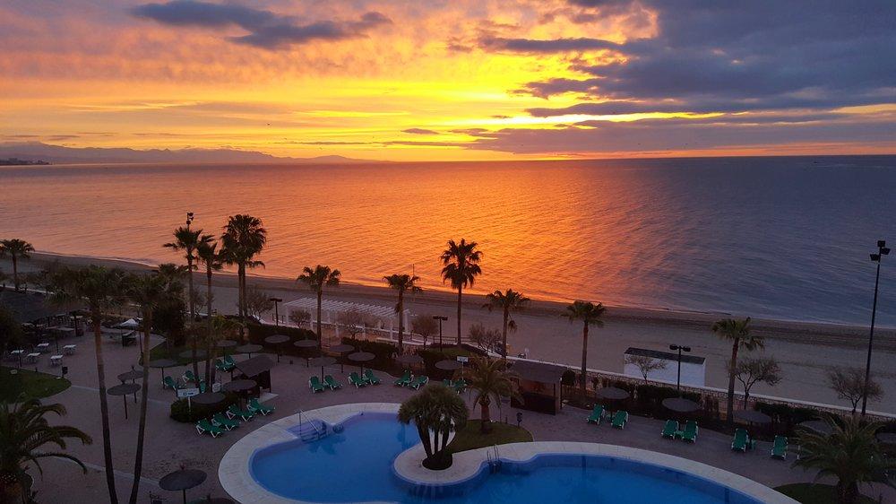Aamunäkymät hotellihuoneesta.