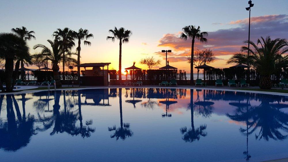Näihin hotellin aamunäkymiin voisi tottua!