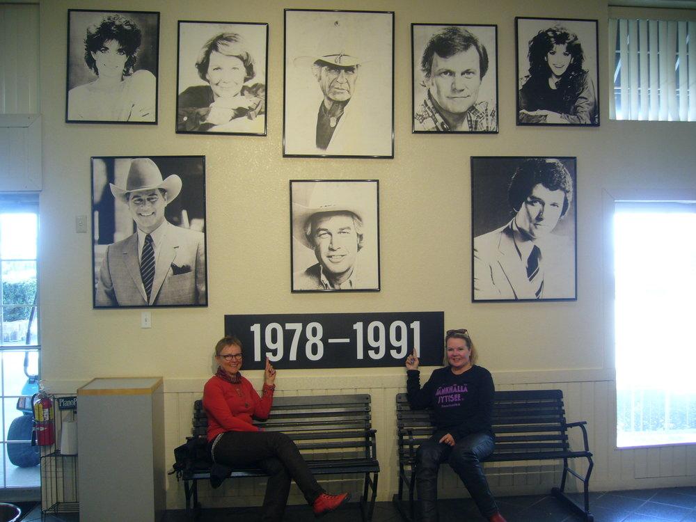 Dallas-fanit Vuokko ja Ilse ;)