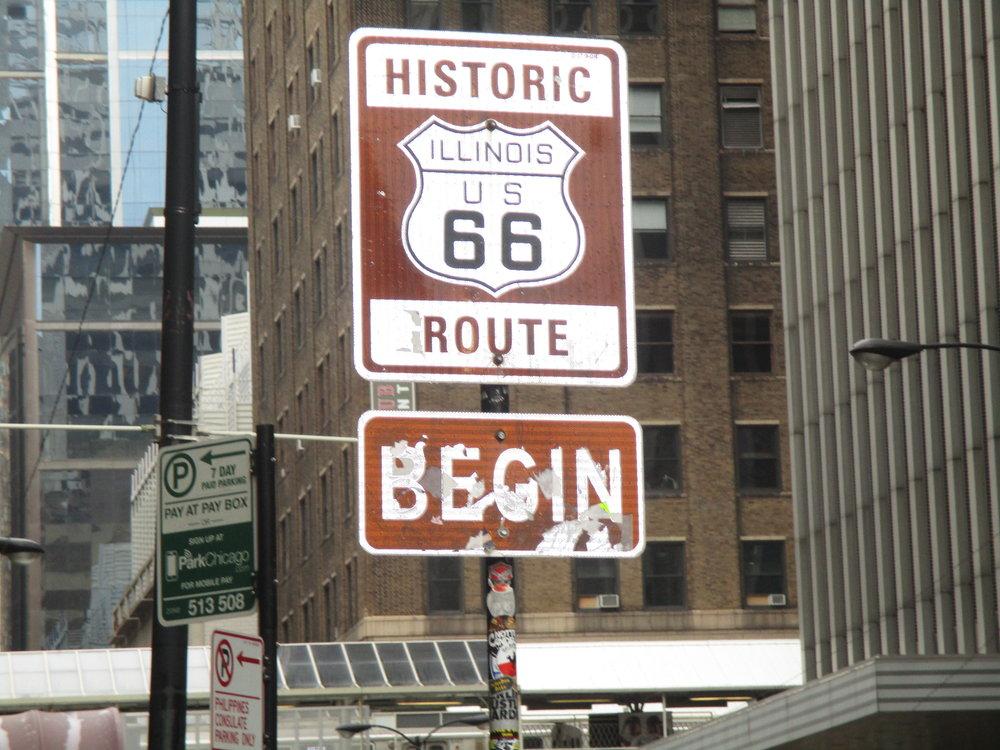 Route 66'sen alkukyltti East Adams kadulla Chicagossa