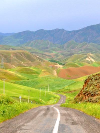 HINTAAN EI KUULU - •Lennot•Ruokajuomat•Iranin viisumi•Toimistomaksu
