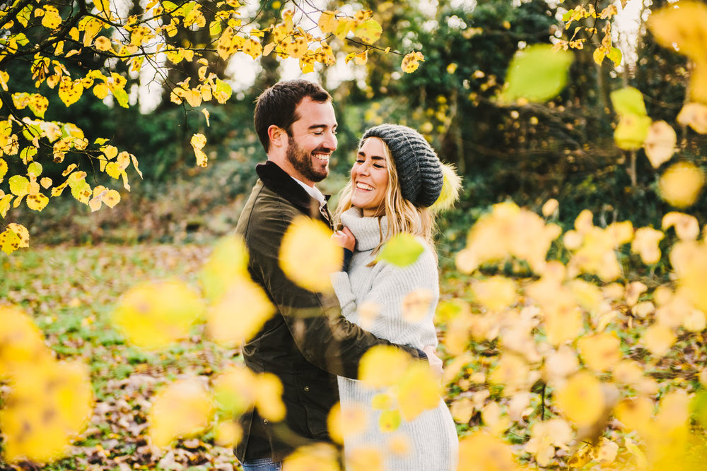 autumn engagement shoot in the cotswolds