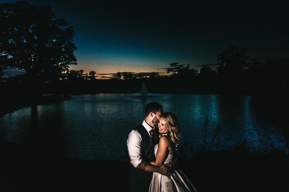 LISA & DAN - SUNSET ROMANCE IN WARE