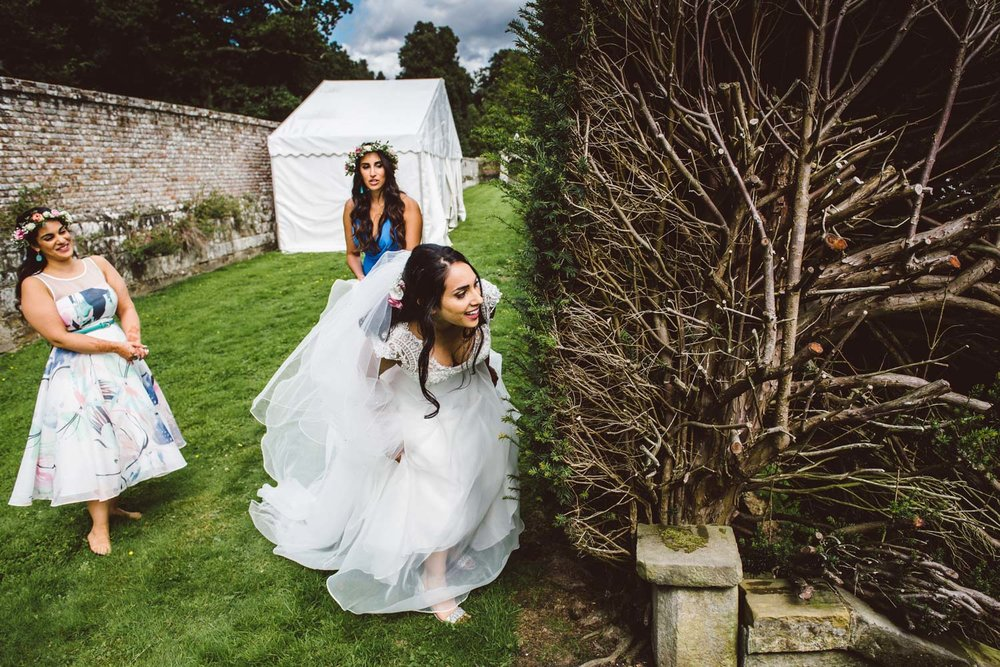 jewish wedding bride hide and seek