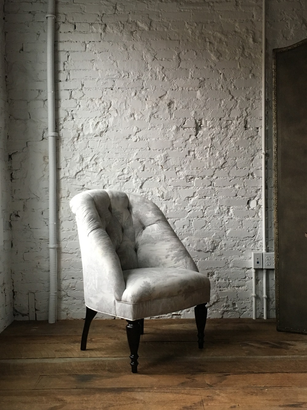 DARRYL CARTER COLLETTE SIDE CHAIR IN REVERSE TOILE