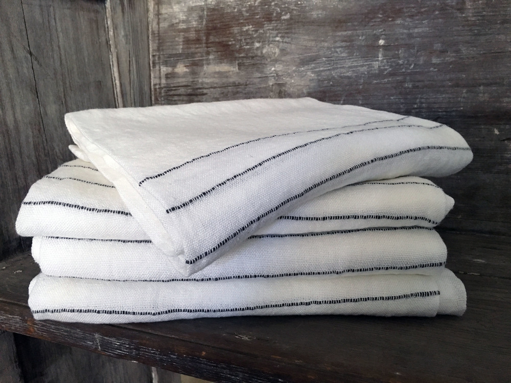LINEN TURKISH TOWELS. DARRYL CARTER BOUTIQUE. WASHINGTON DC.
