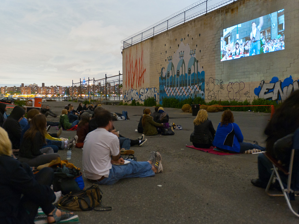 A pop-up movie theater for locals, cyclists, tourists and  foodies.