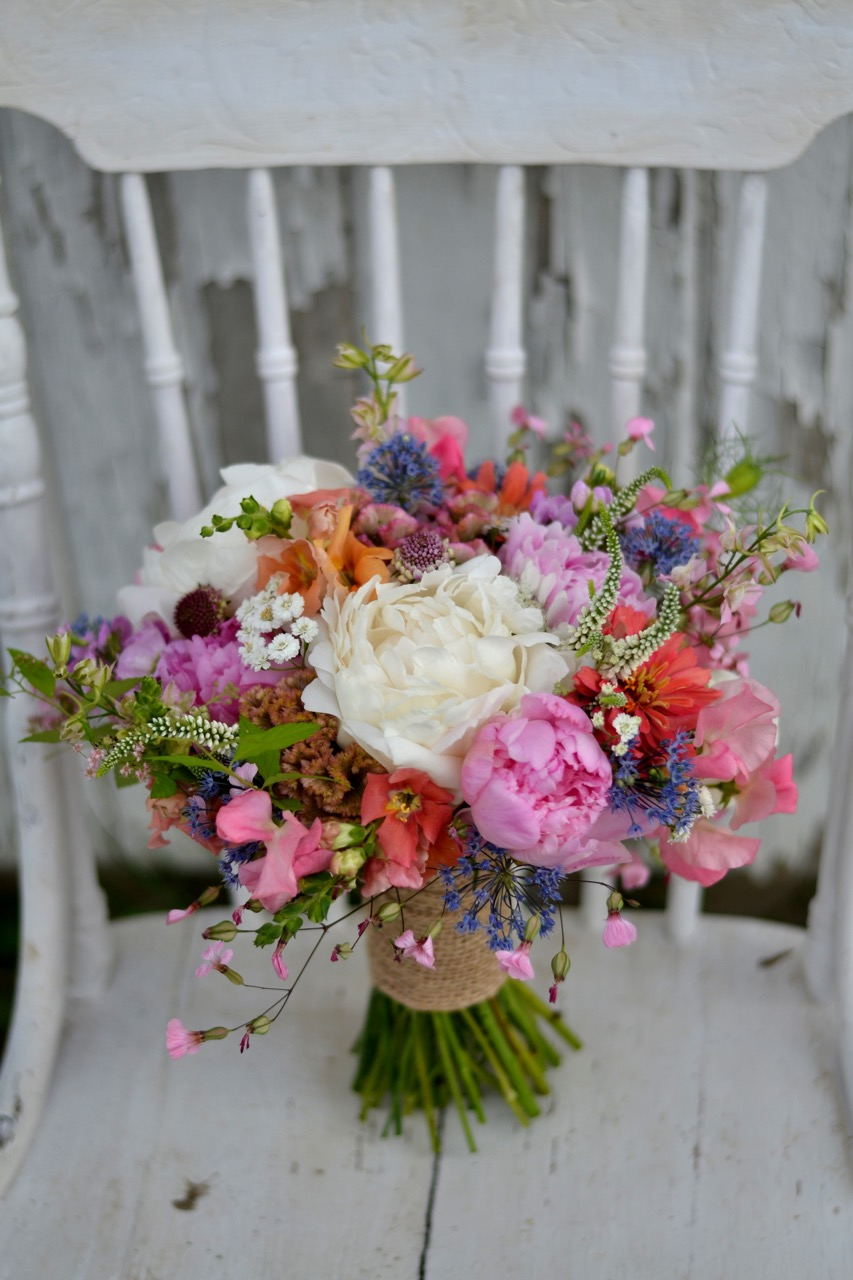 A close-up of Kate's bouquet---one of my very favorites!