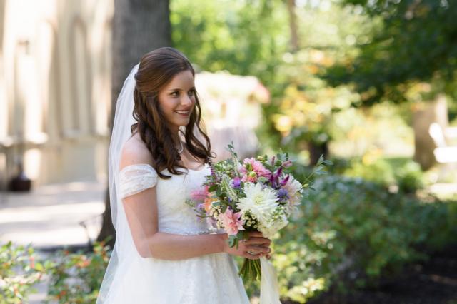 Alyssa_buckeye_blooms_Columbus_wedding_flowers - 2.jpg