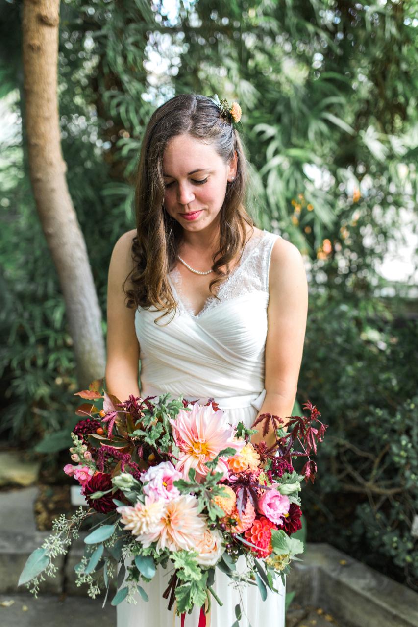 dahlia_bouquet_buckeye_blooms - 8.jpg