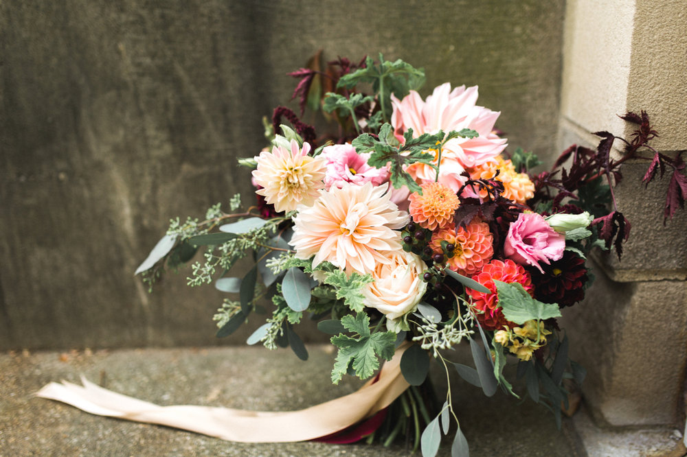 dahlia_bouquet_buckeye_blooms - 4.jpg